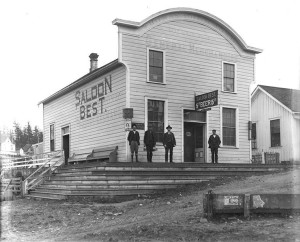 Saloon Best c. 1906. Courtesy of UW Special Collections (Negative Number UW27600z)